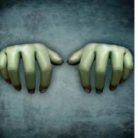 Giant 1/2 Hands