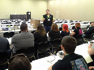 Introduction to Airbrushing class at Transworld 2015