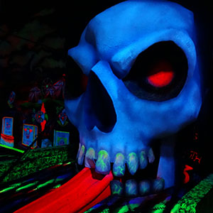Giant 10' Skull created for blacklight mini golf course